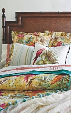 The tropical pastiche of our Malay Bedding Collection is a mix of vibrant flowers, feathery palms, and polychrome parrots on cool, crisp Italian-made percale.