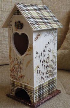 Decorative Bird Houses, Bird Houses Painted, Bird Houses Diy, Decorative Items, Home Crafts, Diy And Crafts, Decoupage Art, Tea Box, How To Make Tea
