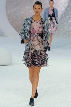 Chanel Spring 2012 – Vogue