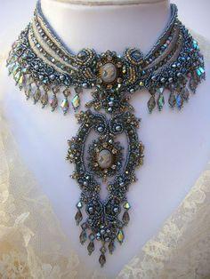 Collar de declaración diosa Sulis por CrystalGaye en Etsy