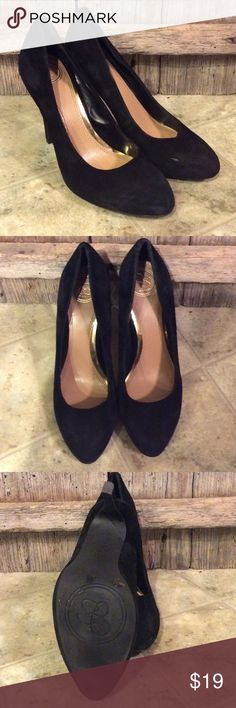 Jessica Simpson black suede heels Gently worn 7M black suede heels. Small scuff on toe of left heel seen in image 1. Other wise like new condition. Jessica Simpson Shoes Heels