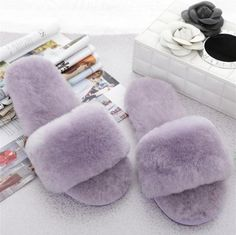 Winter Warm Fur Home Slippers for Women Fuzzy Flip Flops, Ugg Style Boots, Knit Shoes, Black Cross Body Bag, Outdoor Outfit, Loafers For Women, Womens Slippers, Faux Fur, Black Models