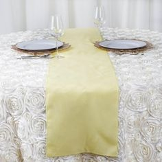 You can now buy these polyester table runners at competitive prices on Raza Trade. Order these wedding table runners in bulk and get assured fast shipping! Diy Reception Decorations, Flower Table Decorations, Spring Wedding Decorations, Christmas Table Decorations, Parties Decorations, High Top Tables, Banquet Tables, Side Tables, Table Linens