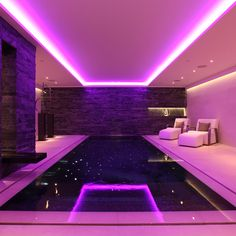 Creative swimming pool lighting can create a magical effect. Take a look at our swimming pool lighting designs to achieve this look. Dream House Interior, Luxury Homes Dream Houses, Dream Home Design, Neon Room, Luxury Pools, Style Deco, Aesthetic Rooms, Room Goals, House Goals