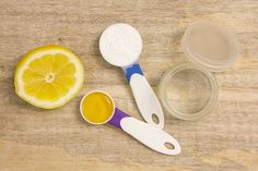 Lemon and honey facial peel ingredients via @poorandpretty