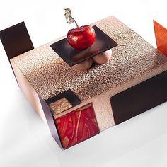 pastrychef #chocolates #chefsofinstagram #pastrylife