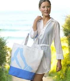 Exclusieve canvas strandtas. De perfecte strandtas waar al je beach essentials in passen!