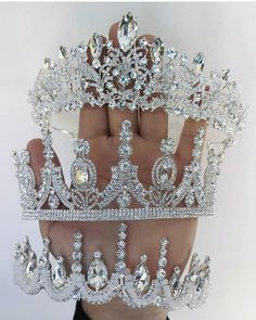 crazy shoe Which crowns by oscarfelixoficial are your FAVORITE! shimycatsmua for more beauty ideas amp; Cute Jewelry, Hair Jewelry, Bridal Jewelry, Bridal Shoes, Sparkly Wedding Shoes, Wedding Heels, Bridal Crown, Bridal Tiara, Quinceanera Tiaras