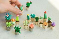 Мини-кактусы из полимерной глины