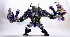 Bionicle moc based on Pacific Rim Monster. Lego Mecha, Lego Bionicle, Hero Factory, Lego Design, Legos, Lego Dragon, Lego Bots, Arte Ninja, Lego Sculptures