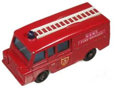#diecast #Matchbox 57C Land Rover Fire Truck new or updated at www.diecastplus.info