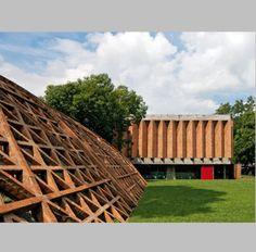 Entrevista con el arquitecto paraguayo ganador del León de Oro en la Bienal de Venecia - Noticias de Arquitectura - Buscador de Arquitectura