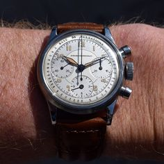 Today I'm wearing a 1950's era Girard Perregaux 3 Register Chronograph. This stainless steel timepiece features a two-tone, silver and light gold dial, luminous Arabic numerals, and a 17-jewel manual caliber 2.81 movement. (Store Inventory # 10020, listed at $4750).  #girard-perregaux #chronograph #watch #vintage #watches #classic #stawc