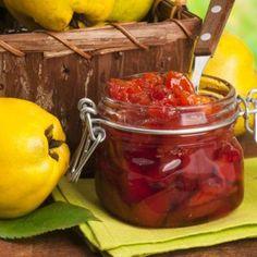 Dulceață de gutui Jam Jar, Tasty Dishes, Preserves, Pickles, Good Food, Stuffed Peppers, Homemade, Vegetables, Romania