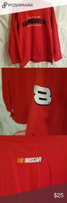 Dale Earnhardt Jr sweatshirt.. men's medium The tag has been cut (kids!) But I'm pretty sure it's a men's medium.. worn a few times.. lots of life left! If you are interested and want measurements, please ask! nascar Shirts Sweatshirts & Hoodies