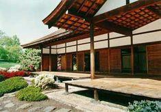 Al entrar en la casa japonesa todo es claro y parece vacío. De acuerdo a los diferentes tipos de construcción, la estructura de la casa japonesa es de ...