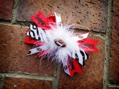 Cute DIY Huskers hair bow. Cute for taking little kids to stuff