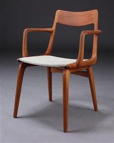 Alfred Christensen. Armstol med stel af massivt teaktræ