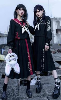Grunge Goth, Visual Kei, Cute Casual Outfits, Girl Outfits, Harajuku, Cosplay Dress, Japanese Street Fashion, Alternative Outfits, Character Outfits
