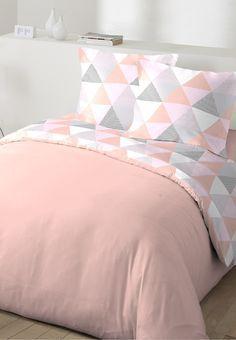 Une Déco De Chambre Scandinave Dans Les Tons Pastel   Housse De Couette Rose  Pastel #décoration, #chambre, #comptoirdestisseurs