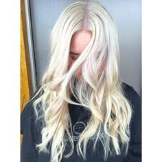 Asked to go platinum and platinum is what Lauren created this beautiful lady!!! We are in love with rhe ice cool blondes.  #blondes #blondbombshell #seasonssalon #lorealpro #color #colorspecialist #btc #btcpics #LP #welovecolor @behindthechair #blondehighlights #dialight #Padgram