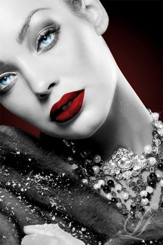 Red Lips Blue Eyes