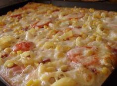 Špaldová pizza se smetanovým základem Stromboli, Calzone, Pizza Recipes, Cooking Recipes, Taco Pizza, Hawaiian Pizza, Bon Appetit, Mozzarella, Quiche