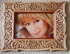 Art Drawings, Drawing Art, Decoration, Projects To Try, Woodcarving, Gifts, Carving, Home, Wooden Frames
