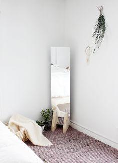 DIY Minimal Floor Mirror @themerrythought