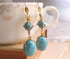 ROBIN'S EGG earrings with vintage turquoise blue by shadowjewels http://etsy.me/jcjdak @Etsy #vintage #turquoise #glass #earrings #jewelry $12