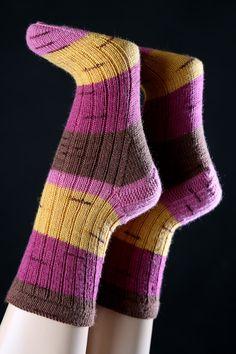 Handgestrickte Socken Gr. 38/39  von Wollwerkstatt auf DaWanda.com