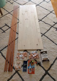 Copper pipe and wood console table - Home Depot Copper Furniture, Diy Furniture, Diy Floor Lamp, Copper Wood, Origami, Pipe Table, Copper Tubing, Hanging Plants, Crate And Barrel