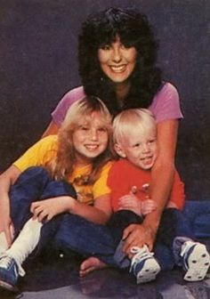 Cher (born Cherilyn Sarkisian on shown here with her two children, Chastity Bono (now 'Chaz') & Elijah Blue Allman. Caleb Y Sofia, Caleb And Sophia, Divas, Chaz Bono, I Got You Babe, Old Movie Stars, All In The Family, Celebs, Celebrities