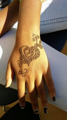 Henna Heart . Hand . Artist: Renegade 678-481-5369 Henna Body Art, Hand Henna, Henna Heart, Hand Tattoos, Hands, Artist, Artists, Arm Tattoos