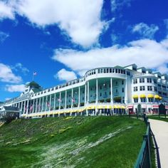 John Gonzalez and Amy Sherman have spent a lot of time on Mackinac Island. This week they are sharing their favorite finds. Here are their top choices for good things to eat when you visit.