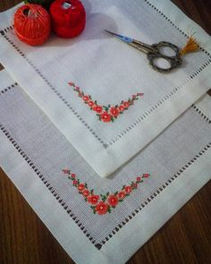 Beaded Cross Stitch, Crossstitch, Home Decor, Instagram, Hand Embroidery Stitches, Straight Stitch, Blouses, Punch Needle, Embroidery Ideas