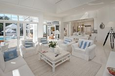 Beach-themed living room | What Else Michelle
