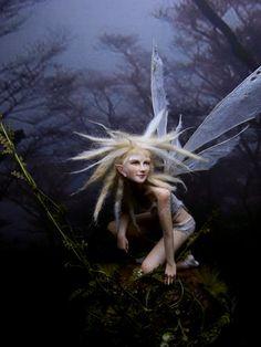 Fairystudiokallies: April 2011