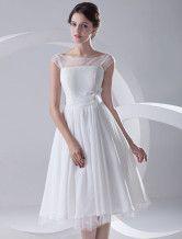 Chiffon A-Linie-Brautkleid mit Bateau-Kragen und Blumen-Applikation in Weiß, wadenlang