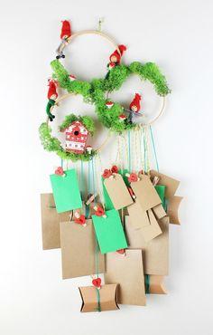 Woodland Advent Calendar |  This is a great idea for an advent calendar or a DIY Christmas card holder!