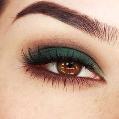 Green makeup for brown eyes