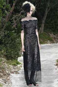Chanel Spring 2013 Couture Fashion Show - Julia Nobis (Viva)