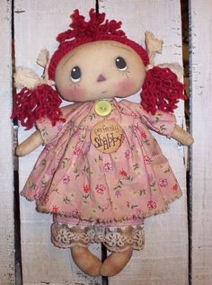 The Craftaholic Creations: New Annie dolls......(aaaaawwww....such a bashful expression. so sweet.)....