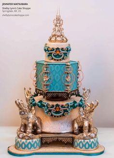 "Grand National Champion Wedding Cake for ""Cake Central Magazine"" ~ Amazing work! ~ all edible ( see it close-up to appreciate the details) Big Cakes, Fancy Cakes, Beautiful Cakes, Amazing Cakes, Metallic Cake, Cake Competition, Peacock Cake, Indian Wedding Cakes, Elephant Cakes"