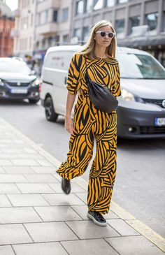 Graphic African Mood - Street Style  Stockholm Fashion Week - Harpers Bazaar - Picture Diego Zuko