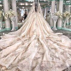 Contact us today to make your wedding dress dreams come true! (408)489-1075!  #wedding #weddingdress #weddingphotography #fashion #dresses #eliesaab #zuhairmurad #custommade #custommadedress #stevenkhalil #leahdagloria