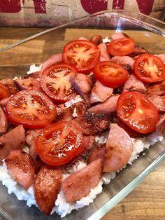 Ris och falukorvsgratäng Recipe For Mom, Pretzel Bites, Mozzarella, Mango, Good Food, Food And Drink, Gluten, Lunch, Bread