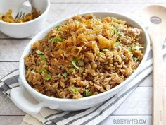 Mujaddara - is a simple but flavorful rice and lentil pilaf, topped with sweet caramelized onions. Serve alone or as the base of just about any meal. Onion Recipes, Pasta Recipes, Dinner Recipes, Rice Recipes, Vegetarian Main Dishes, Vegetarian Recipes, Healthy Recipes, Lentil Recipes, Lebanese Recipes