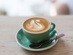 The city that never sleeps has caffeine racing through its veins – and expats are supplying the fix. Here are the best Australian coffee shops in New York.