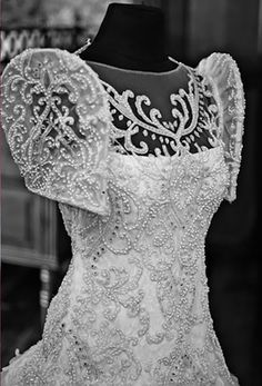 The Veluz Bride: Featured Brides; maybe less lace and less embelishments; more invisible arms Modern Filipiniana Gown, Filipiniana Wedding Theme, Wedding Gowns, Wedding Cakes, Filipino Fashion, Philippine Fashion, Filipino Wedding, Wedding Dress Sleeves, Marchesa